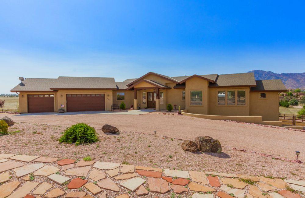 10643 Sharps Rd., Prescott, AZ 86305