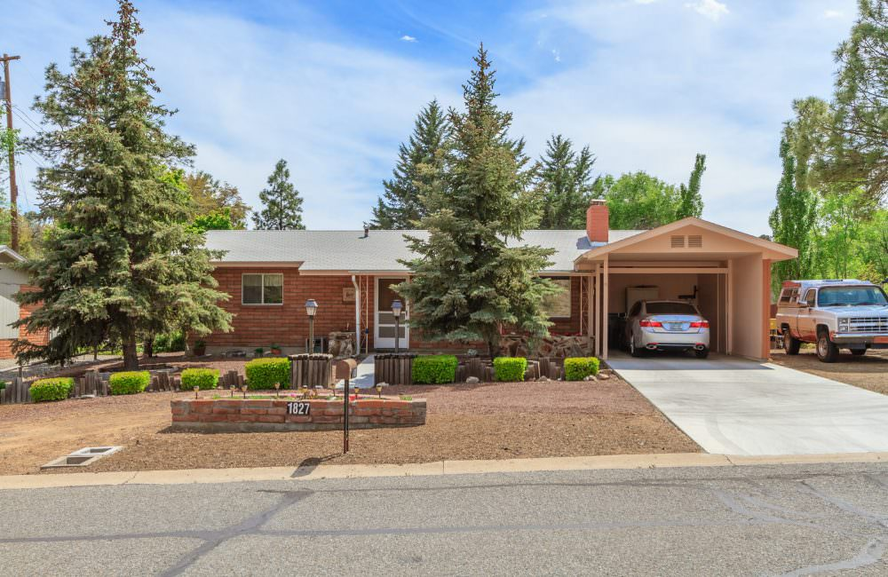 1827 W Thumb Butte Road, Prescott, AZ 86305