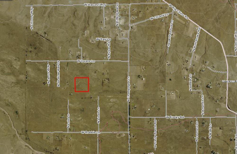 W Duane Lane, #43 Paulden, AZ 86334