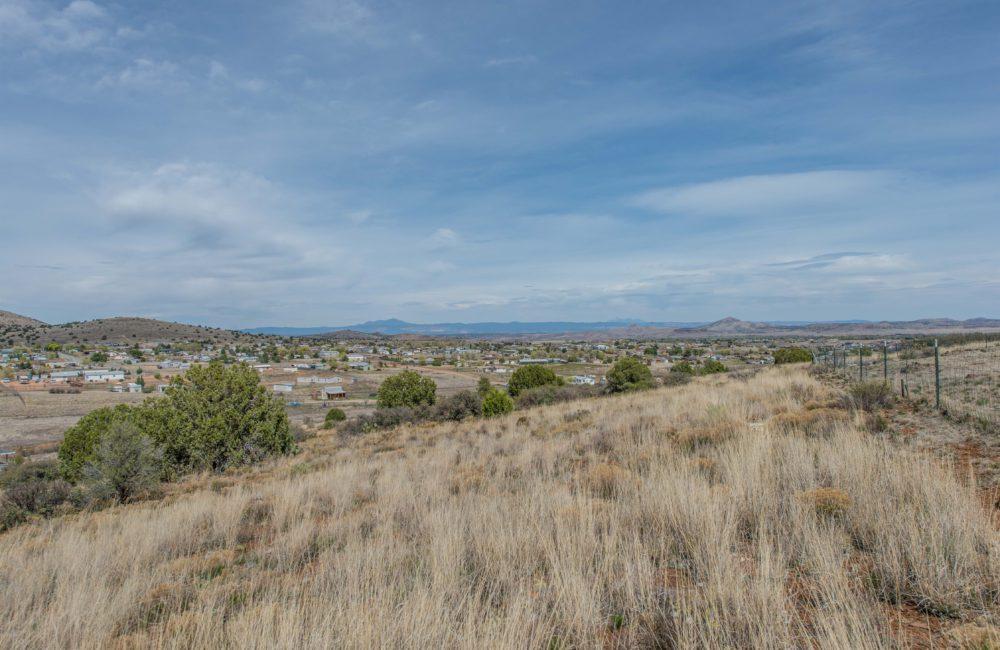 3735 W. Road Runner Dr., Chino Valley, AZ 86323