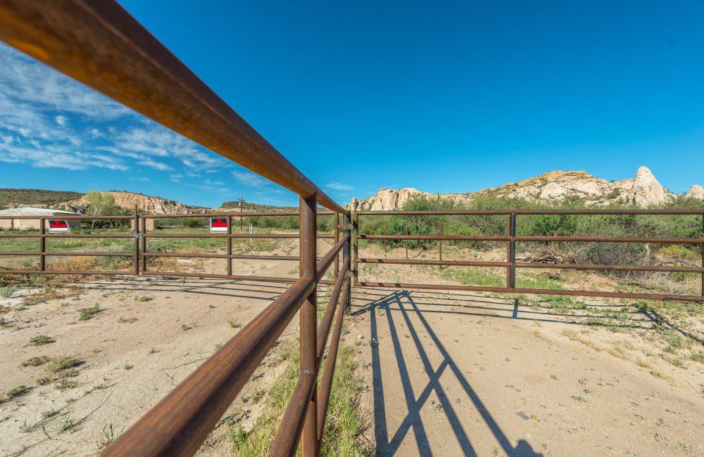 7855 S Iron Springs Road, Kirkland, AZ 86332