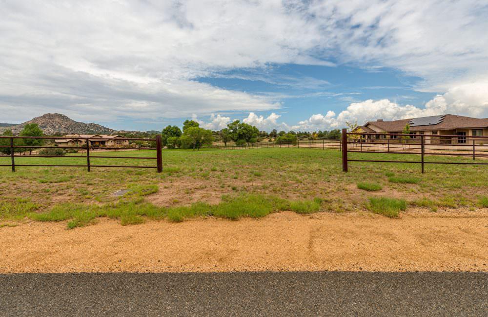 9960 N American Ranch Road, Williamson Valley, AZ 86305
