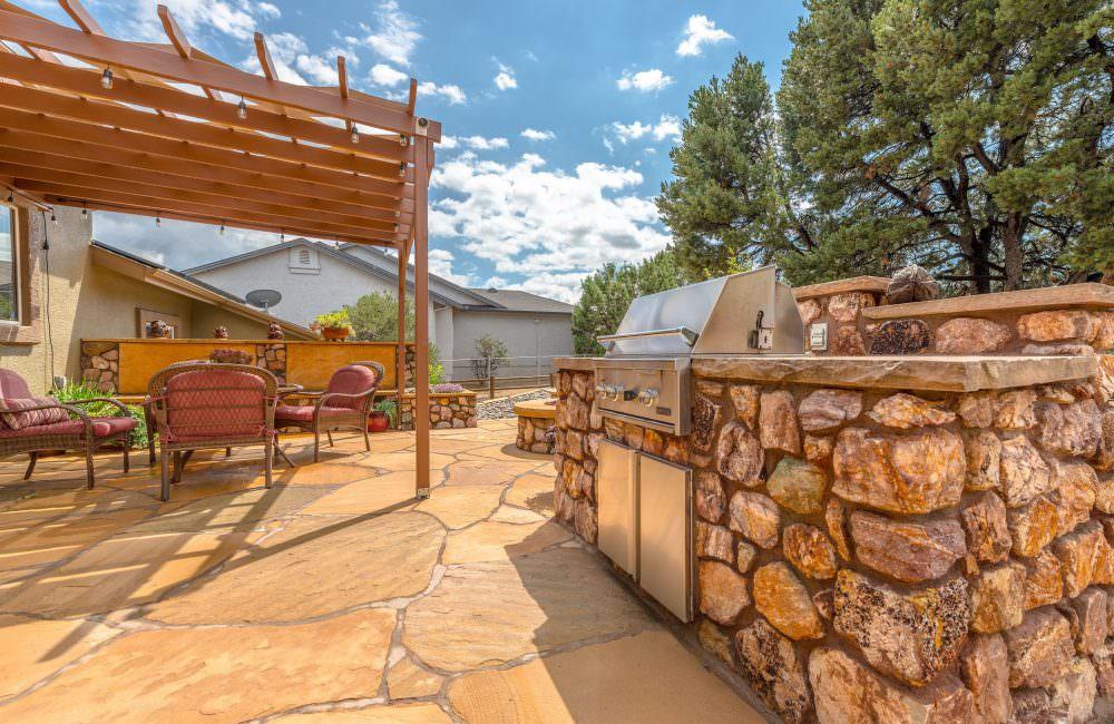 123 Juniper Ridge Drive, Prescott, AZ 86301