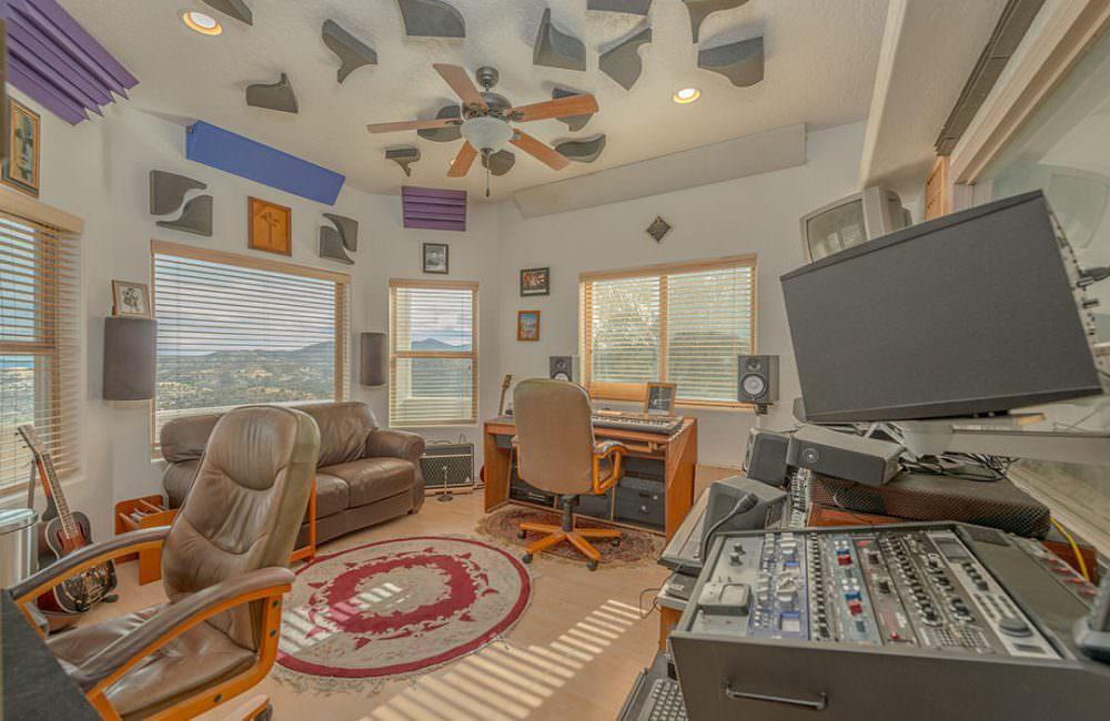 561 Yavapai Hills Drive, Prescott, AZ 86301