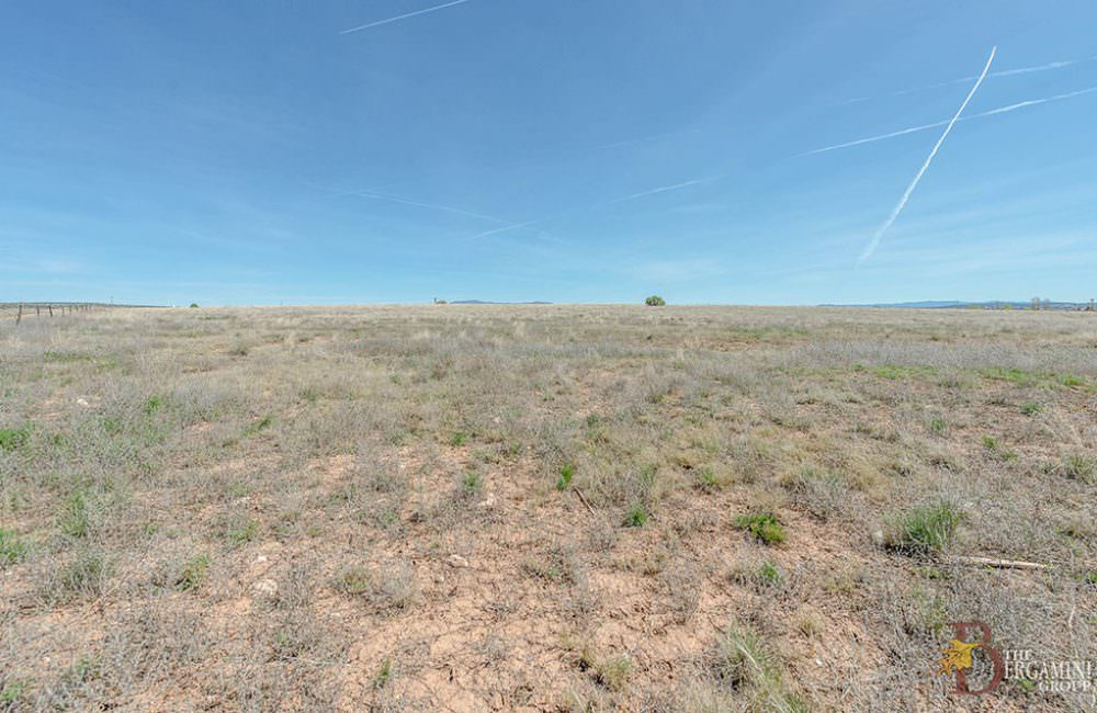 25655 N Mitchell Lane, Paulden, AZ 86334