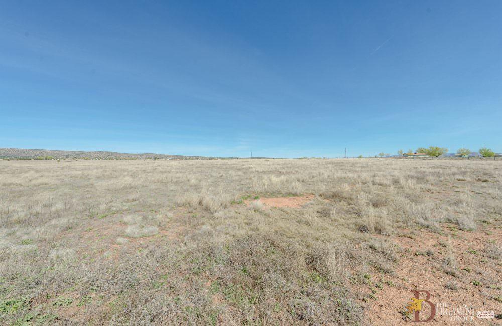 0 N High Desert Road, Paulden, AZ 86334