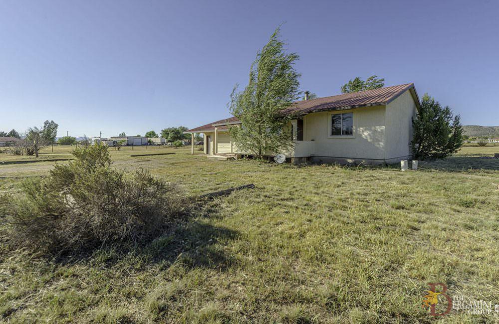 700 W Antelope Run Road, Paulden, AZ 86334
